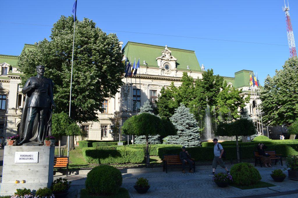 Palatul Roznovanu